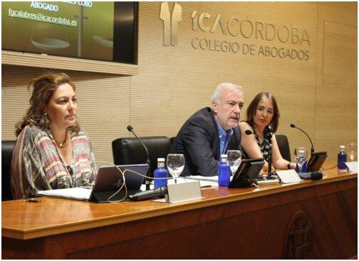 Conferencia en el Colegio de Abogados sobre Extranjería